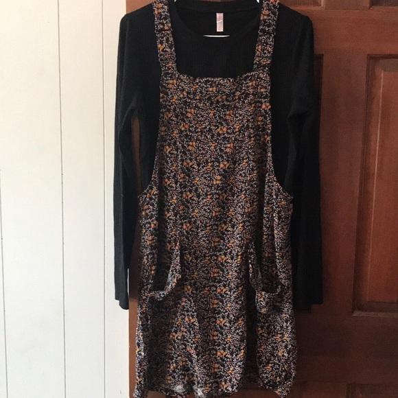 Xhilaration Dresses & Skirts - Xhilaratation jumper set